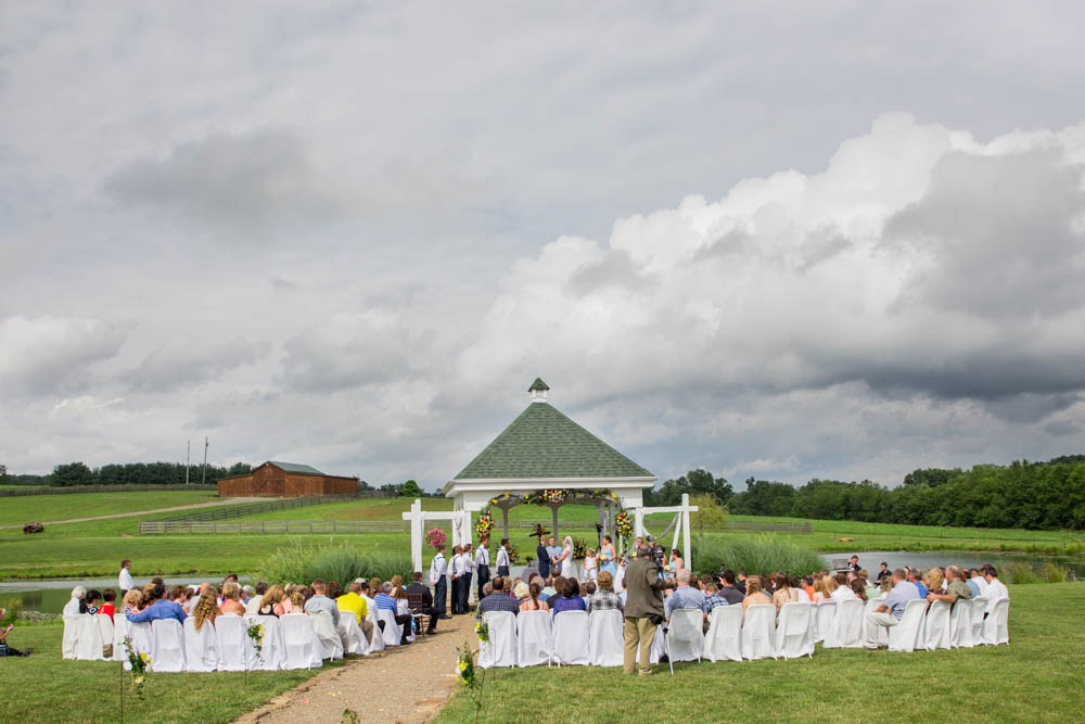 Pittsburgh Wedding Photographers - Man Nguyen Photography - Lingrow Farm
