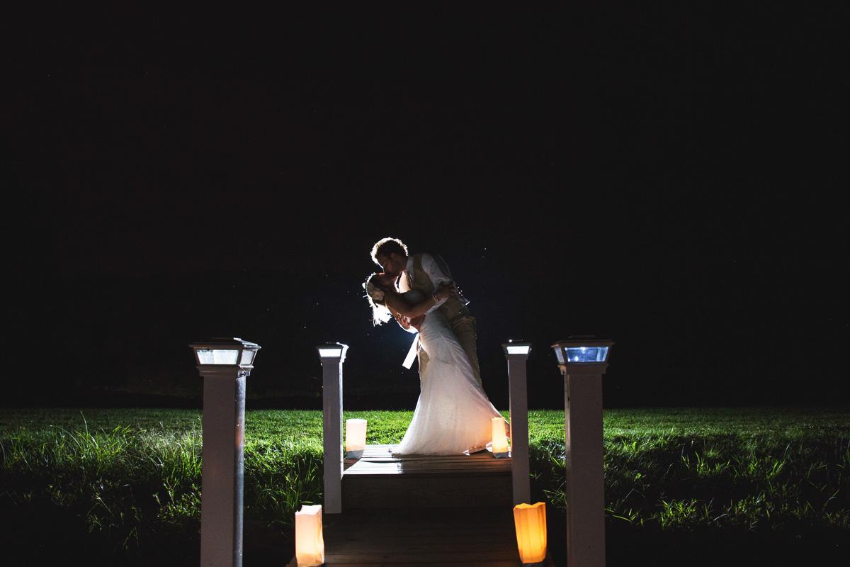 pittsburgh-wedding-photographer-at-shady-elms-farm-near-thelake-man-nguyen-photography