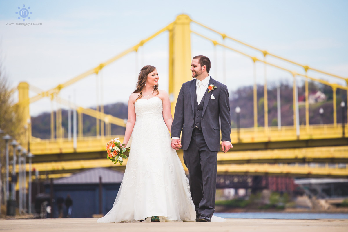 pittsburgh-wedding-photographer-pnc-park-riverwalk-man-nguyen-photography