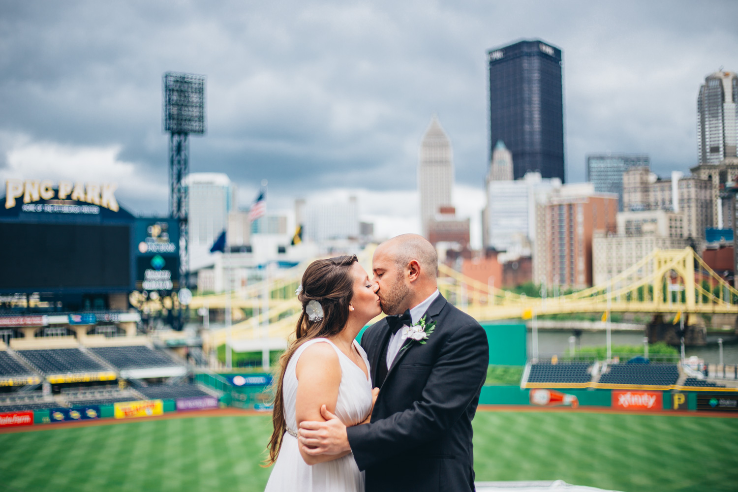 wedding-at-pnc-park-convention-center-downtown-pittsburgh-man-nguyen-photography-8